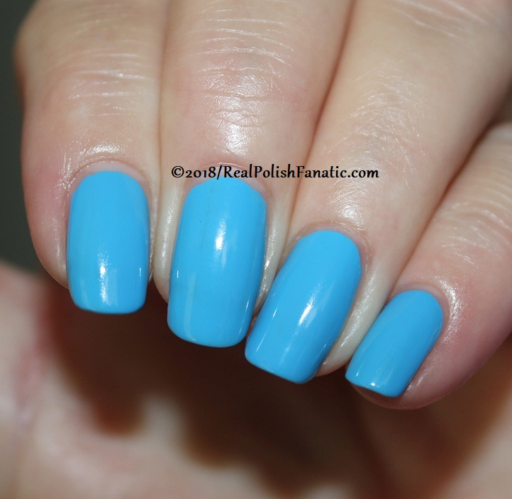 Sally Hansen - Sky Blue -- Summer 2018 Crayola Collection (3)