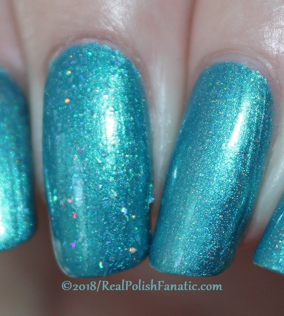 Comparison -- Geekish Glitter Lacquer - Prototype 010 vs Mrs. Peacock (4)