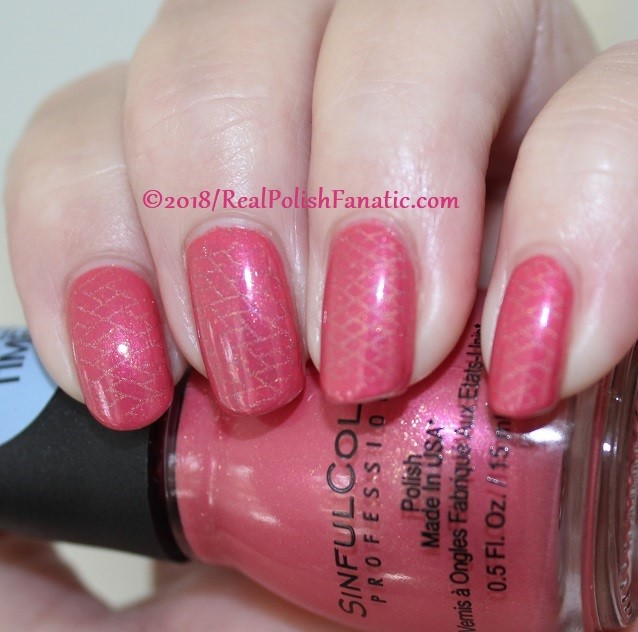 Sinful Colors Jelly Ellie stamped with China Glaze TTYL 2018 with Moyou London Suki Plate #15 (16)