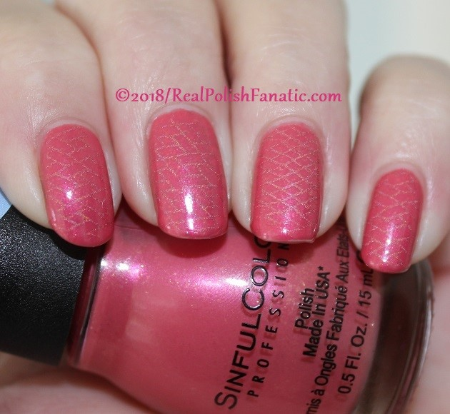Sinful Colors Jelly Ellie stamped with China Glaze TTYL 2018 with Moyou London Suki Plate #15 (18)
