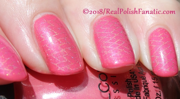 Sinful Colors Jelly Ellie stamped with China Glaze TTYL 2018 with Moyou London Suki Plate #15 (21)