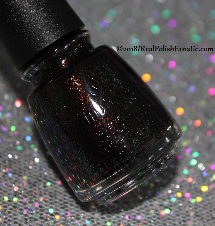 China Glaze - Aut-umn I Need That -- Ready To Wear FW 2018 (1)