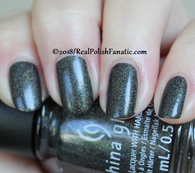 China Glaze - Maliboo-Boo -- Paint It Black Collection Halloween 2018 (13)