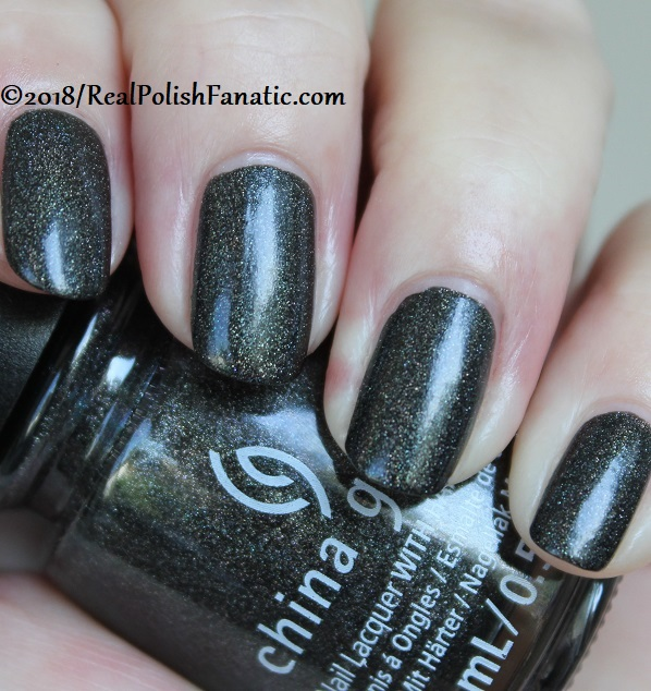 China Glaze - Maliboo-Boo -- Paint It Black Collection Halloween 2018 (14)