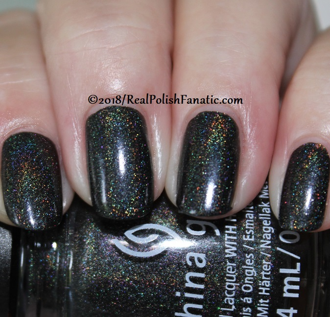 China Glaze - Maliboo-Boo -- Paint It Black Collection Halloween 2018 (6)