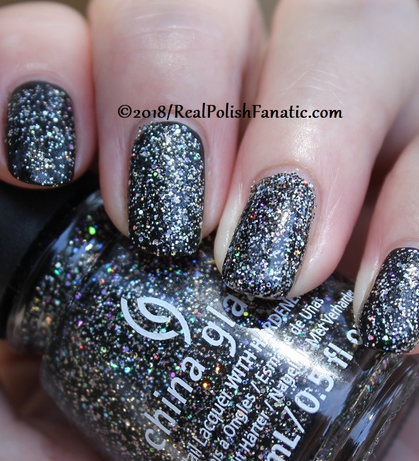China Glaze - Night and Slay -- Paint It Black Collection Halloween 2018 (34)