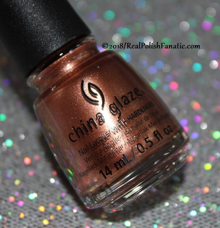 China Glaze - Swatch Out! -- Ready To Wear FW 2018 (1)