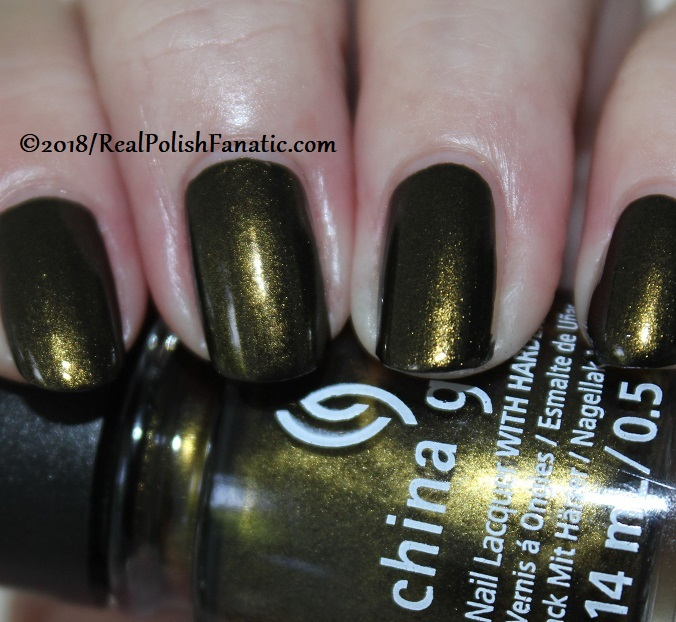 China Glaze - Wicked Liquid -- Paint It Black Collection Halloween 2018 (2)