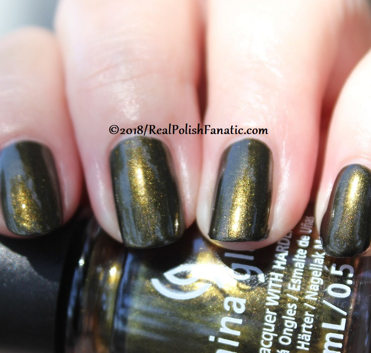 China Glaze - Wicked Liquid -- Paint It Black Collection Halloween 2018 (23)