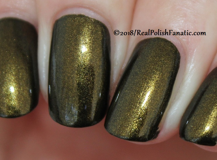 China Glaze - Wicked Liquid -- Paint It Black Collection Halloween 2018 (26)