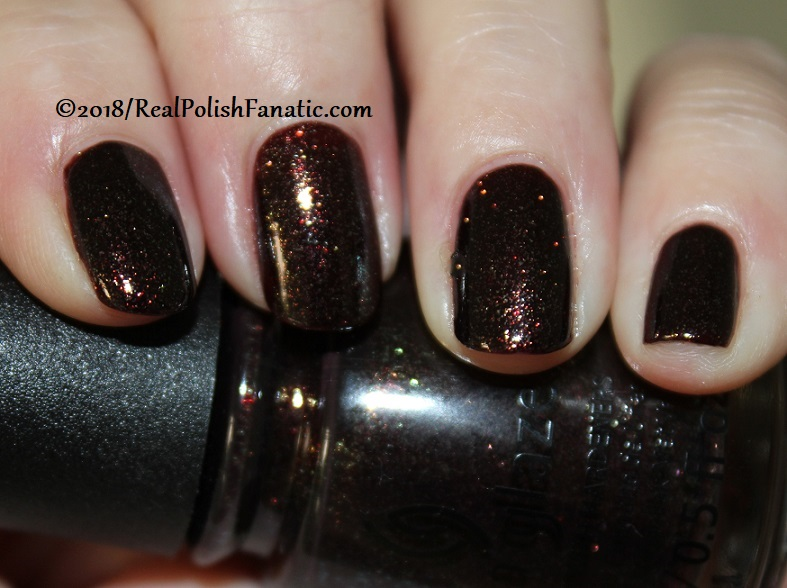 China Glaze - Aut-umn I Need That -- Ready To Wear FW 18 Collection (3)
