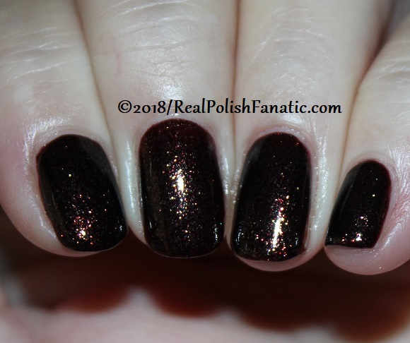 China Glaze - Aut-umn I Need That -- Ready To Wear FW 18 Collection (4)