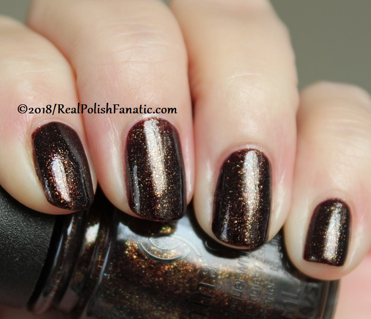China Glaze - Aut-umn I Need That -- Ready To Wear FW 18 Collection (6)