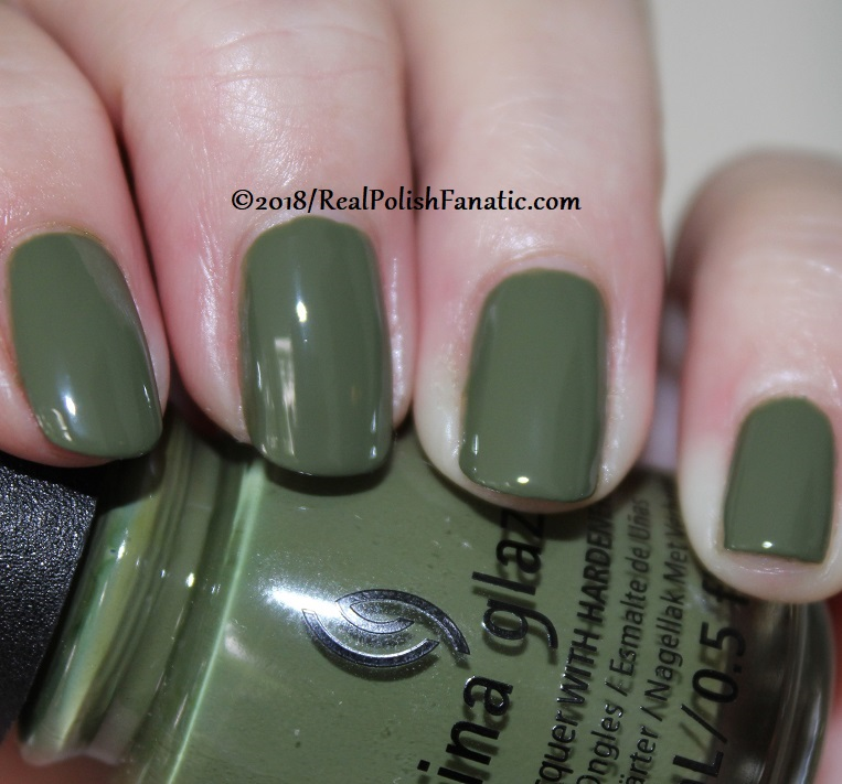 China Glaze - Central Parka -- Ready To Wear FW 18 Collection (2)