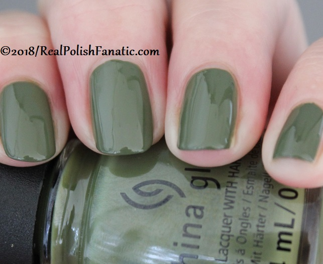 China Glaze - Central Parka -- Ready To Wear FW 18 Collection (7)