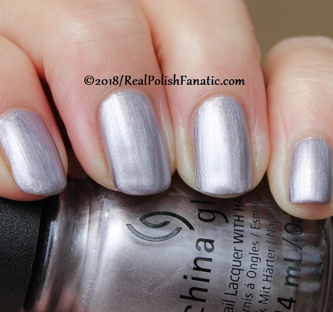 China Glaze - Chic Happens -- Ready To Wear FW 18 Collection (15)