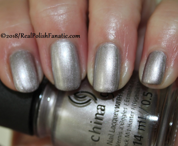 China Glaze - Chic Happens -- Ready To Wear FW 18 Collection (2)