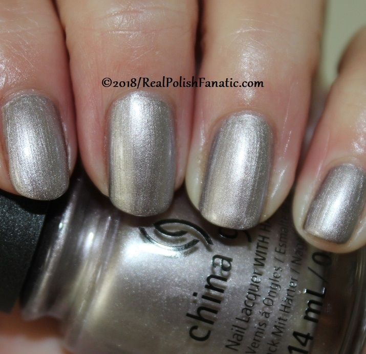 China Glaze - Chic Happens -- Ready To Wear FW 18 Collection (3)