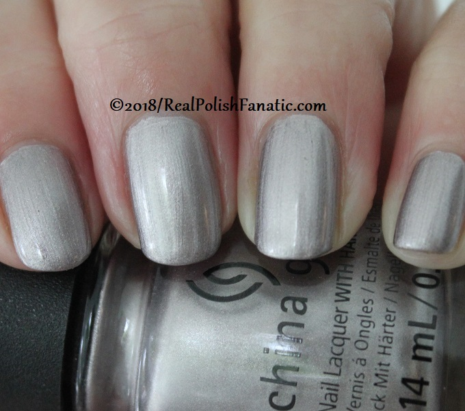China Glaze - Chic Happens -- Ready To Wear FW 18 Collection (5)