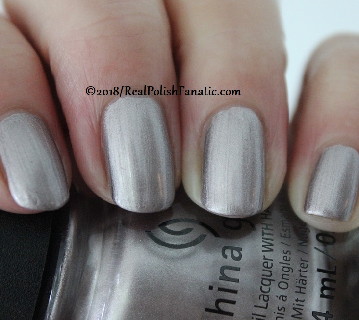 China Glaze - Chic Happens -- Ready To Wear FW 18 Collection (6)