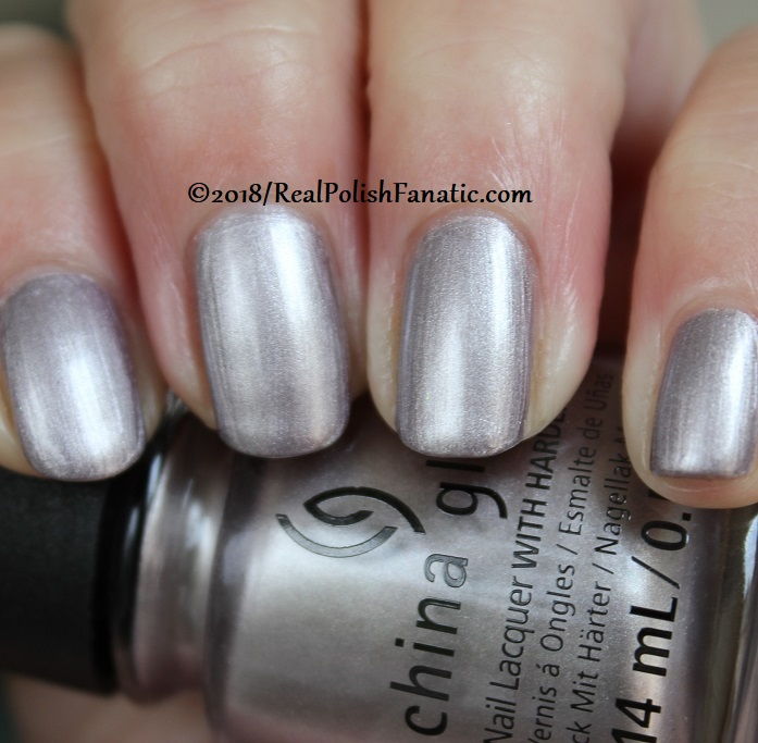 China Glaze - Chic Happens -- Ready To Wear FW 18 Collection (8)