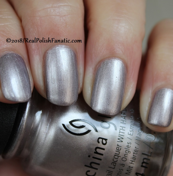 China Glaze - Chic Happens -- Ready To Wear FW 18 Collection (9)