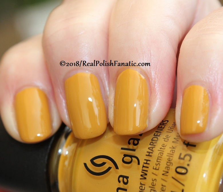 China Glaze - Mustard the Courage -- Ready To Wear FW 18 Collection (13)