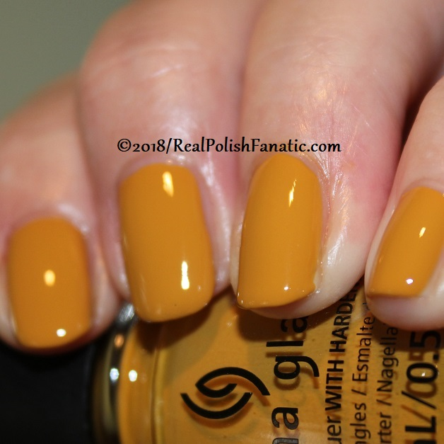 China Glaze - Mustard the Courage -- Ready To Wear FW 18 Collection (3)
