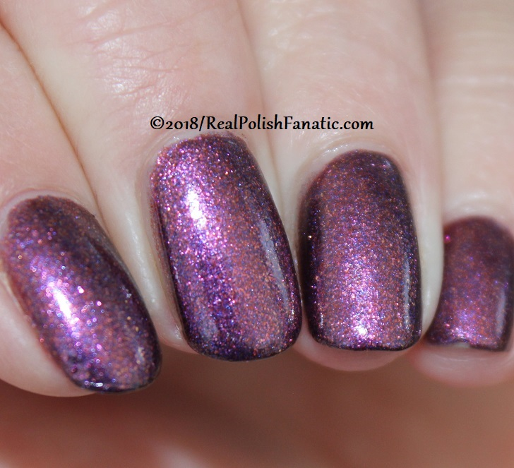 China Glaze - Pay It Fashion Forward -- Ready To Wear FW 18 Collection (18)