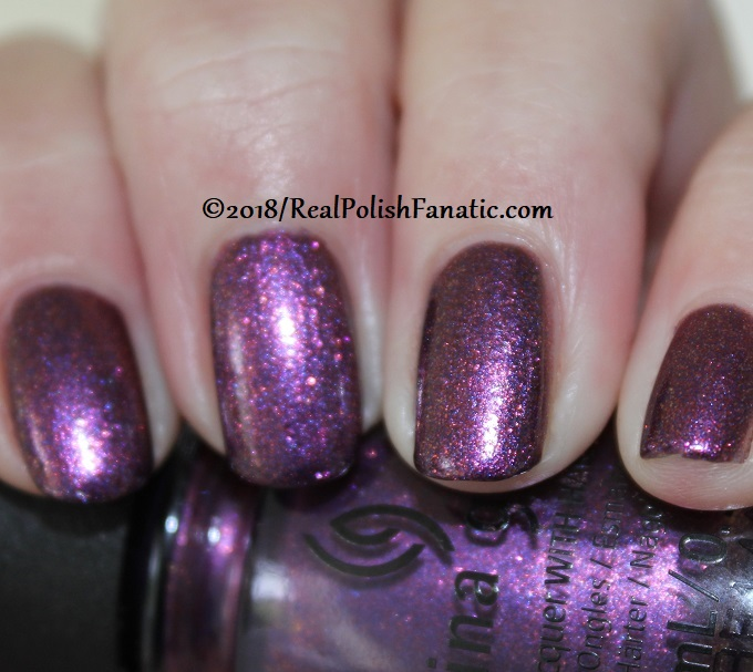 China Glaze - Pay It Fashion Forward -- Ready To Wear FW 18 Collection (2)