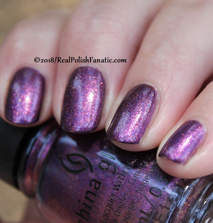 China Glaze - Pay It Fashion Forward -- Ready To Wear FW 18 Collection (24)