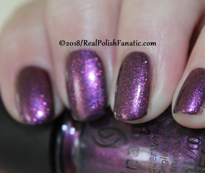 China Glaze - Pay It Fashion Forward -- Ready To Wear FW 18 Collection (3)