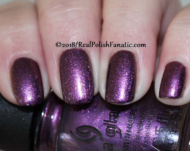 China Glaze - Pay It Fashion Forward -- Ready To Wear FW 18 Collection (4)