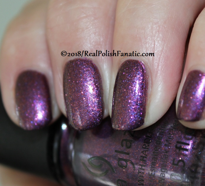China Glaze - Pay It Fashion Forward -- Ready To Wear FW 18 Collection (5)