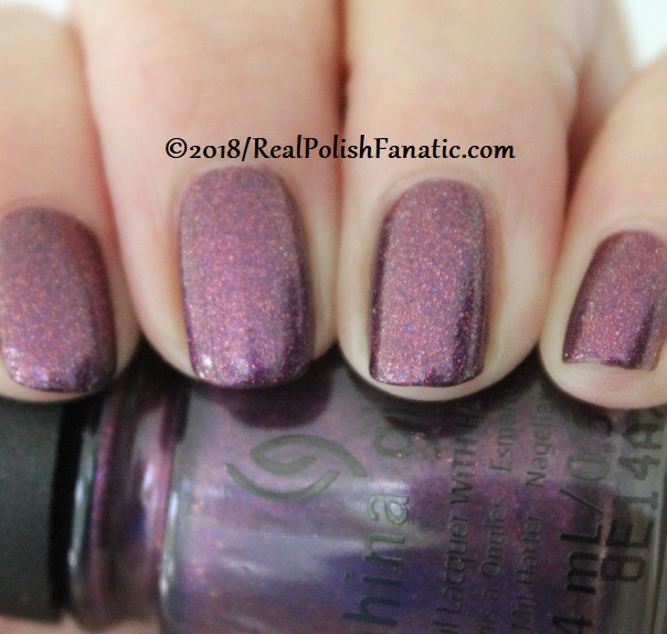 China Glaze - Pay It Fashion Forward -- Ready To Wear FW 18 Collection (7)