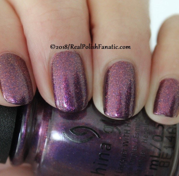 China Glaze - Pay It Fashion Forward -- Ready To Wear FW 18 Collection (8)