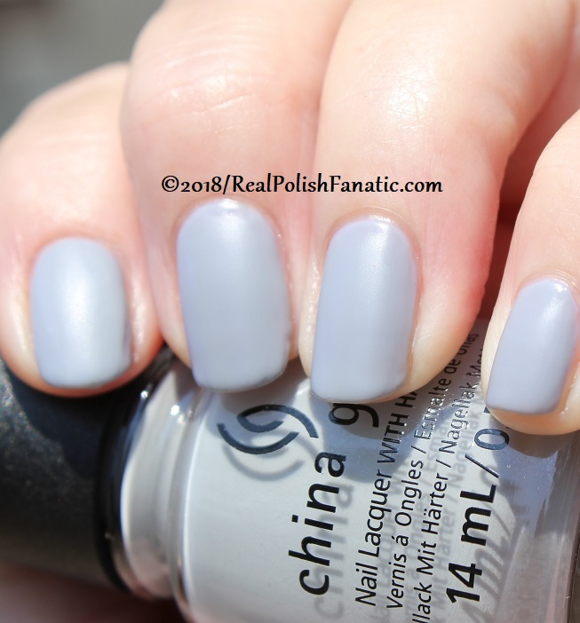 China Glaze - Pleather Weather -- Ready To Wear FW 18 Collection (16)