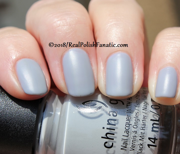 China Glaze - Pleather Weather -- Ready To Wear FW 18 Collection (17)