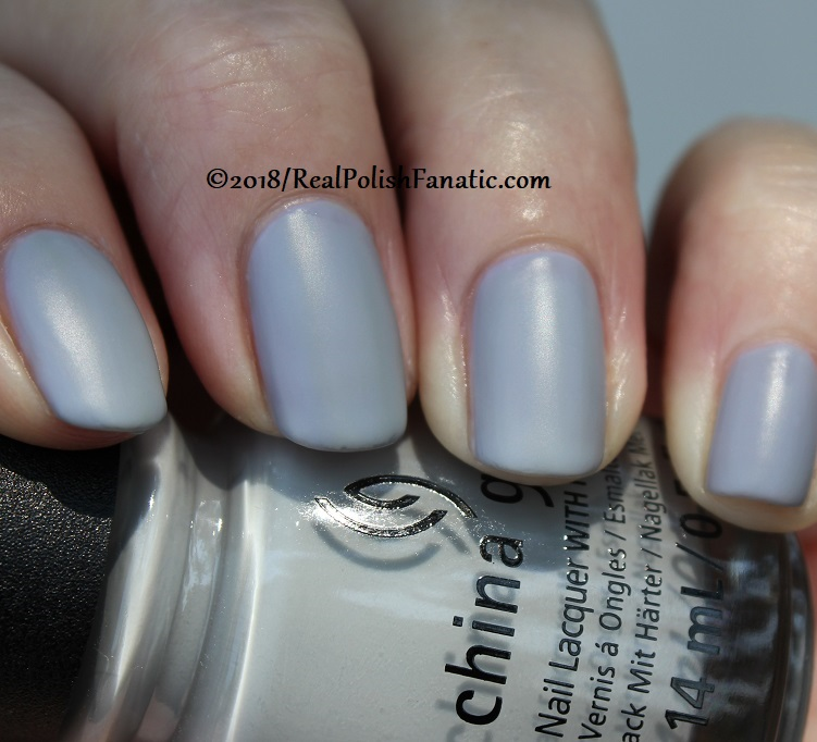 China Glaze - Pleather Weather -- Ready To Wear FW 18 Collection (20)