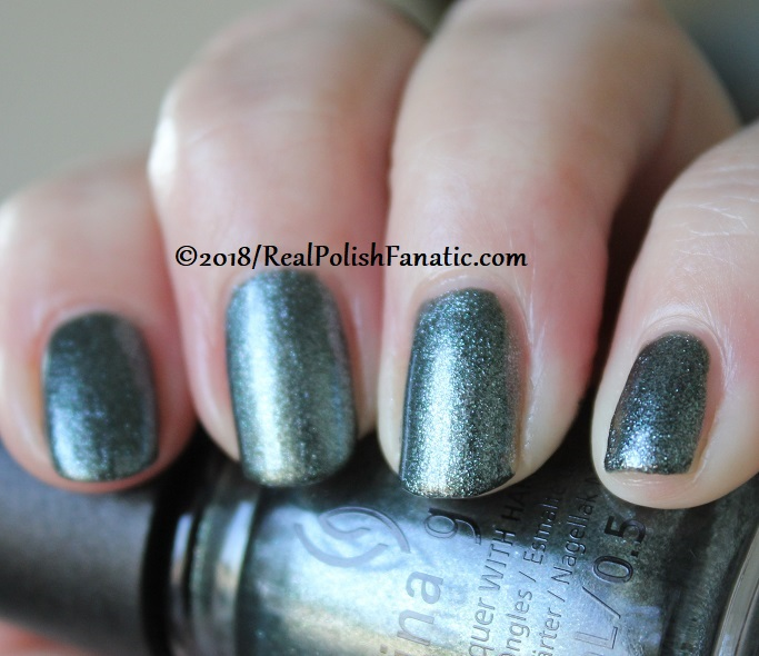 China Glaze - Vest Friends -- Ready To Wear FW 18 Collection (12.1)