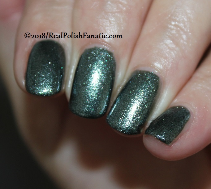 China Glaze - Vest Friends -- Ready To Wear FW 18 Collection (8)