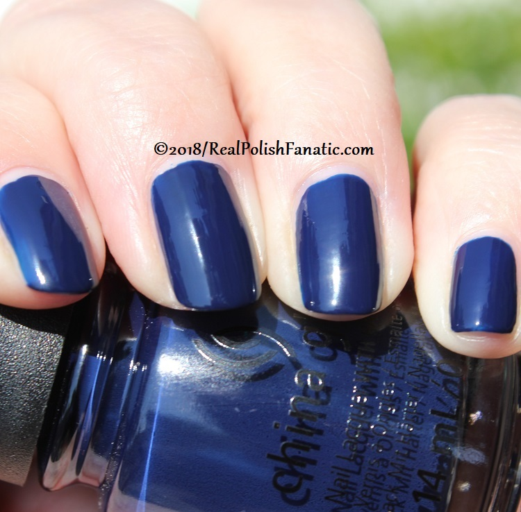 China Glaze - You Don't Know Jacket -- Ready To Wear FW 18 Collection (14)