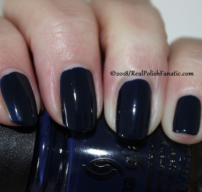 China Glaze - You Don't Know Jacket -- Ready To Wear FW 18 Collection (2)