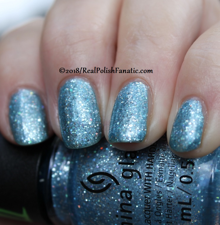 China Glaze - Deliciously Wicked -- Holiday 2018 Grinch Collection (11)