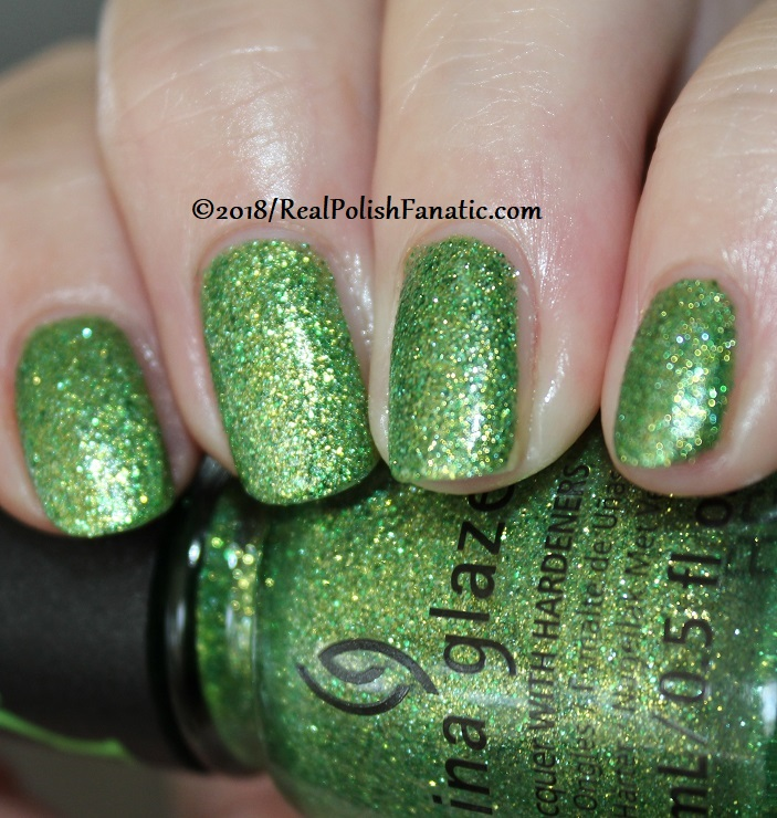 China Glaze - Grinchworthy -- Holiday 2018 Grinch Collection (10)