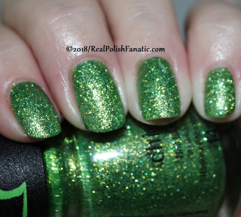 China Glaze - Grinchworthy -- Holiday 2018 Grinch Collection (5)