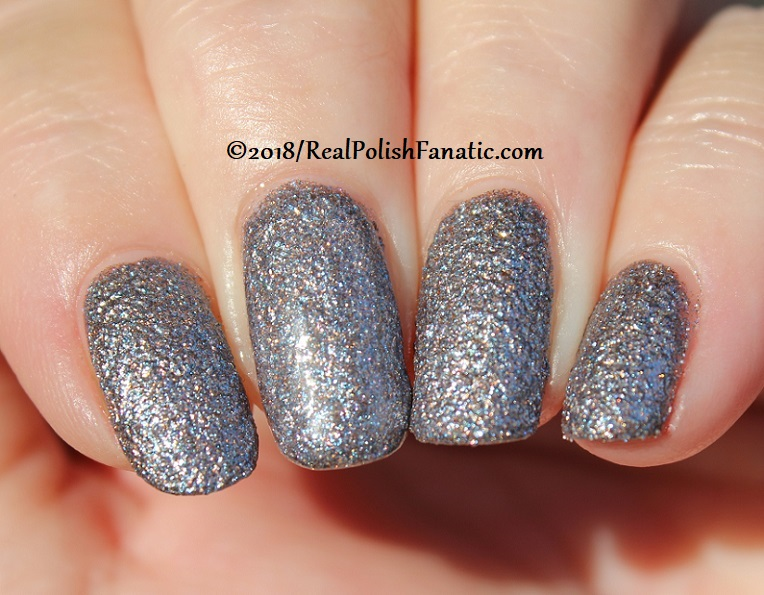 Essie - Stay Up Slate -- Fall 2018 Concrete Glitter Collection (33)