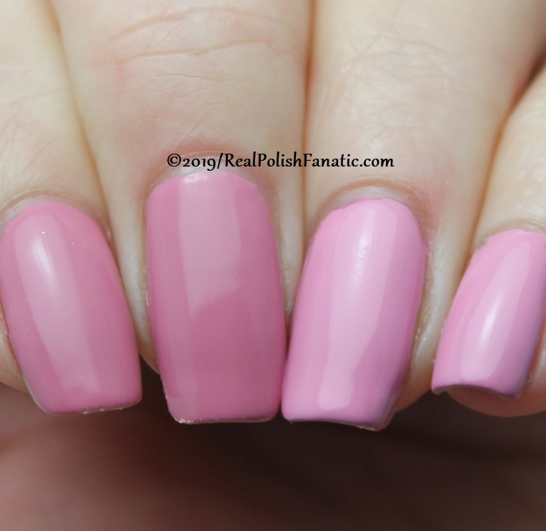 comparison opi - another ramen-tic evening & rice rice baby -- spring 2019 tokyo collection (2)
