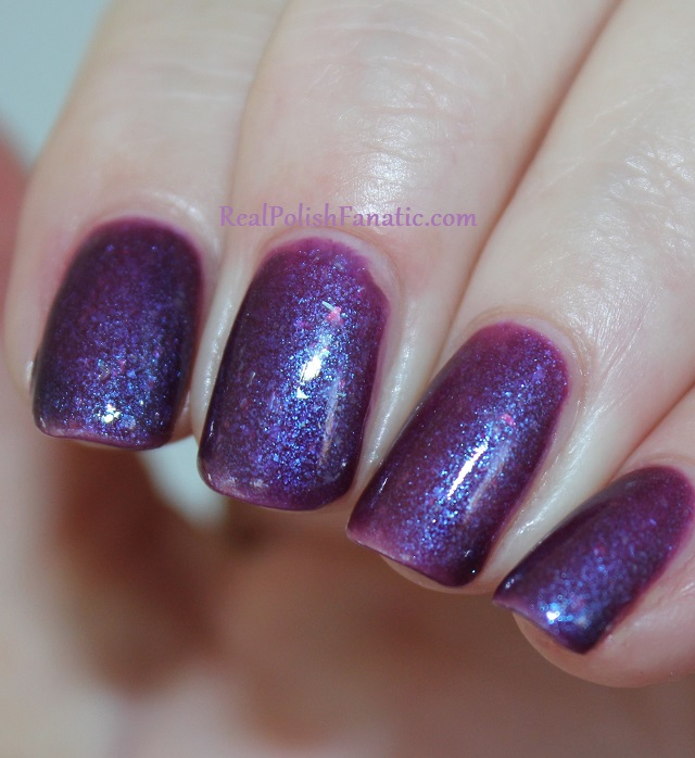 geekish glitter lacquer - the water bearer -- zodiac series aquarius (1)