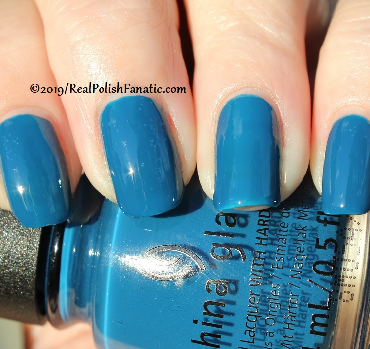China Glaze - Saved By The Bluebell -- The Arrangement Collection Spring 2019 (15)